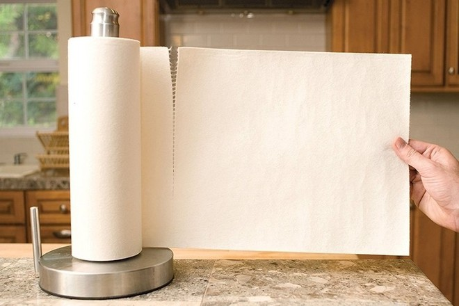 Nếu cảm thấy nhà dùng tốn giấy lau quá, hãy thử cuộn giấy cực bền, lau bẩn lại giặt sạch được này - Ảnh 1.