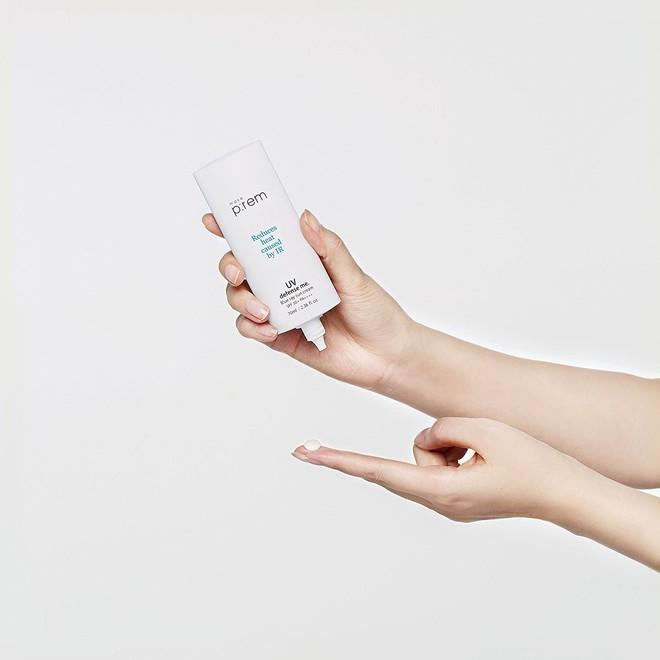 Thời tiết thay đổi, da cũng cần đổi món: 5 sản phẩm bạn nên thay thế để da luôn bóng khỏe, không bị nổi mụn khi trời ấm lên - Ảnh 12.