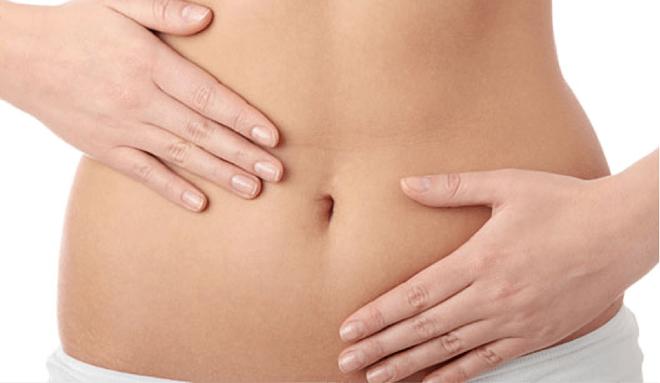 Rất nhiều chị em nghĩ rằng dấu hiệu này là do khó tiêu nhưng hóa ra lại là triệu chứng của ung thư buồng trứng - Ảnh 1.
