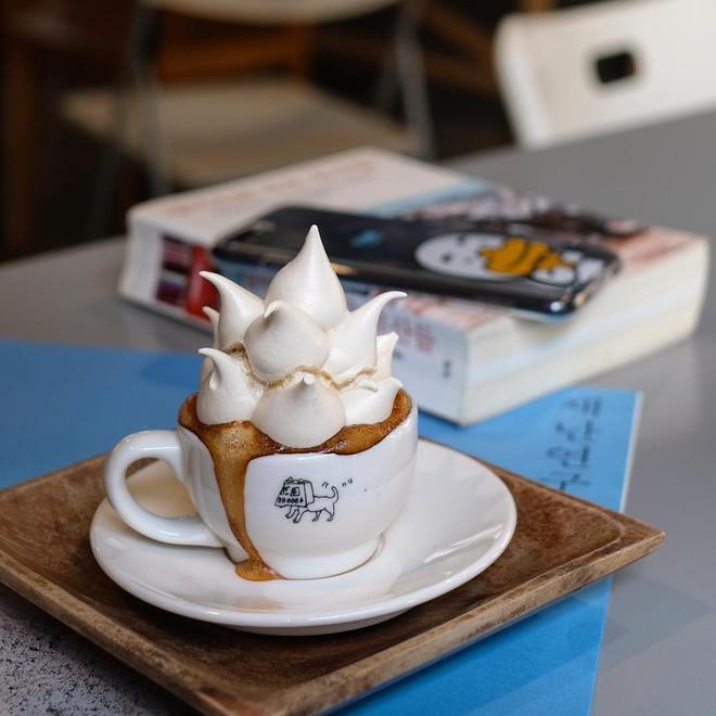 Vòng quanh thế giới đi tìm những món cafe độc đáo nhất: Cafe pha với than hồng, pho mát - ảnh 14