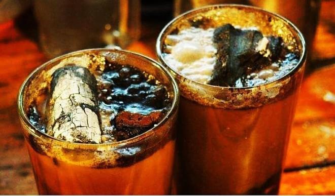 Vòng quanh thế giới đi tìm những món cafe độc đáo nhất: Cafe pha với than hồng, pho mát - ảnh 8