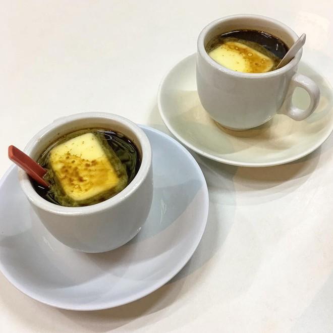 Vòng quanh thế giới đi tìm những món cafe độc đáo nhất: Cafe pha với than hồng, pho mát - ảnh 10