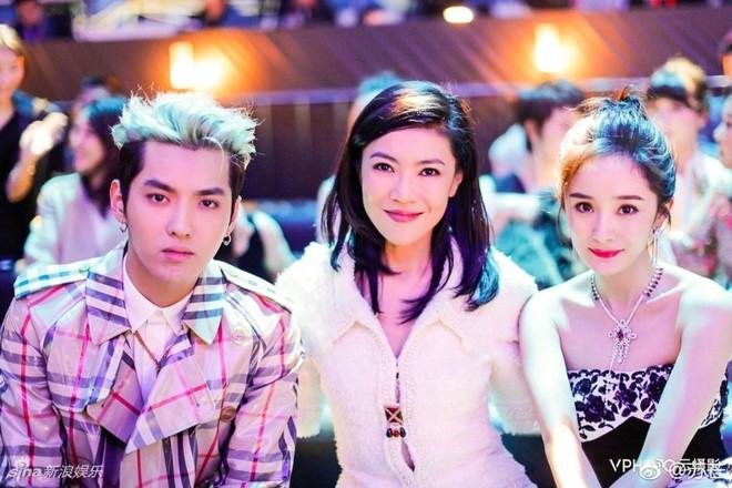 Cbiz choáng vì lá đơn từ chức của người phụ nữ quyền lực khiến Song Joong Ki, Phạm Băng Băng phải kiêng nể - Ảnh 11.