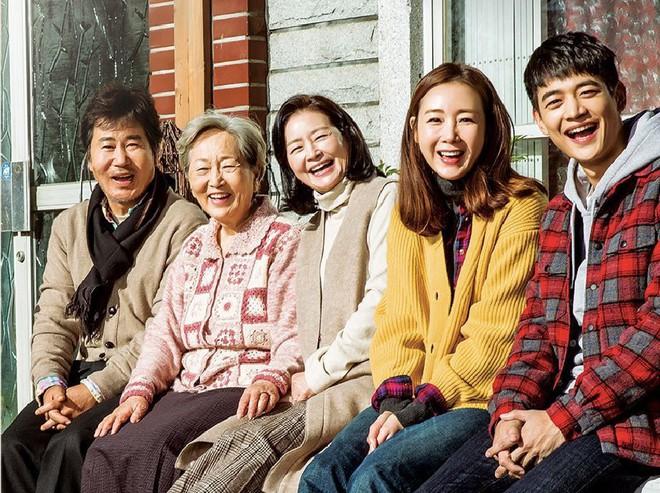 7 lần các ông lớn phim Hàn tiếc đứt ruột vì mỡ dâng tận miệng còn biếu cho đối thủ - Ảnh 7.