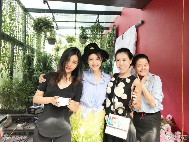 Cbiz choáng vì lá đơn từ chức của người phụ nữ quyền lực khiến Song Joong Ki, Phạm Băng Băng phải kiêng nể - Ảnh 10.