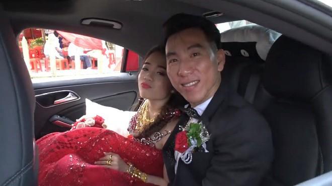 Hình ảnh về cô dâu chú rể trong đám cưới ở Cà Mau.