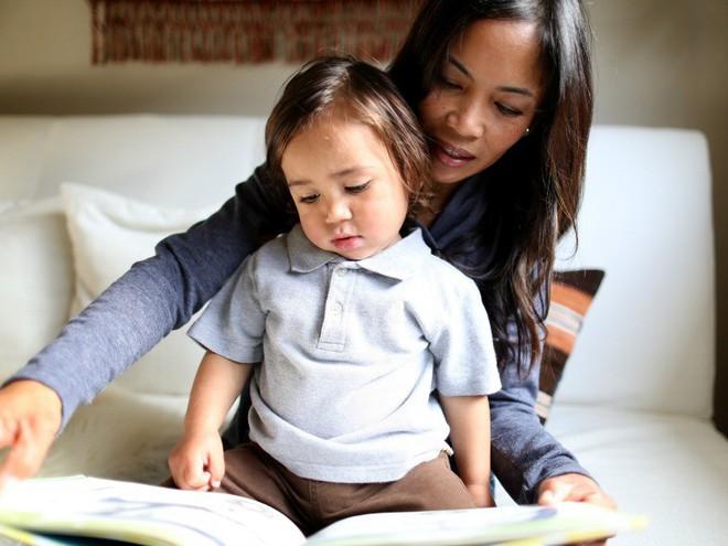 Những câu chẳng đứa trẻ nào muốn nghe mà các mẹ vẫn ra rả nói với con hàng ngày - Ảnh 2.
