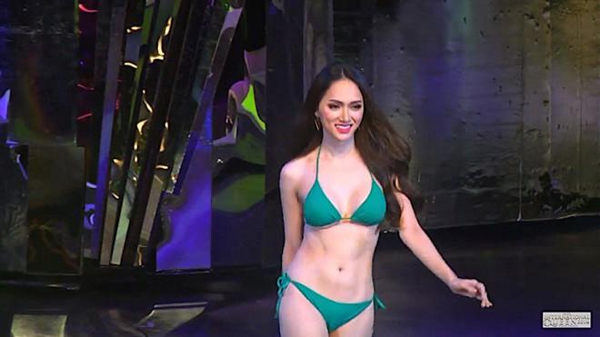 Hình ảnh diện bikini nóng bỏng của Hương Giang idol xuất hiện trên báo Đài Loan - ảnh 2