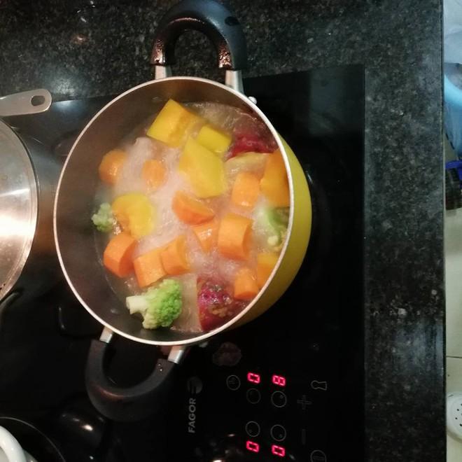 500 anh em khoe tài bếp núc: Đã biết nấu ăn thì không sợ ế - Ảnh 7.
