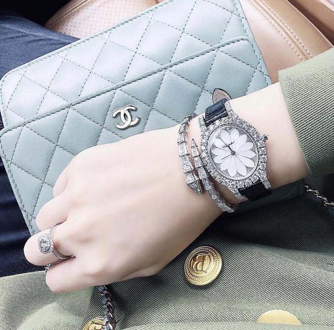 Thêm một tay chơi đồng hồ bạc tỷ của Vbiz đã lộ diện, và đó chính là Jolie Nguyễn! - Ảnh 8.