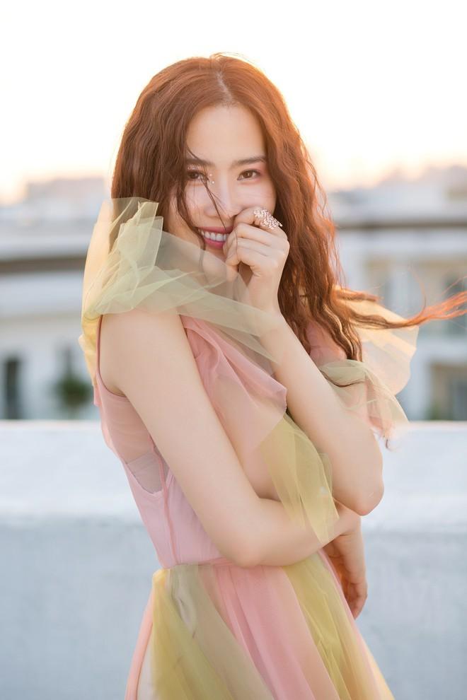 Vừa tung MV mới, Nam Em đã bị chỉ trích đạo nhái Teayeon SNSD - Ảnh 2.