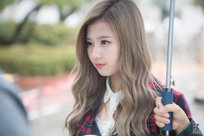 7 kiểu tóc dự là sẽ được sao Hàn áp dụng triệt để trong mùa Xuân/Hè năm nay - Ảnh 3.
