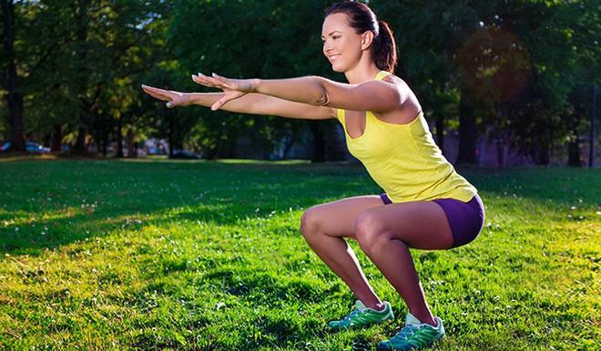 Những tư thế yoga giúp tăng cường sự dẻo dai và chắc khỏe xương - Ảnh 6.