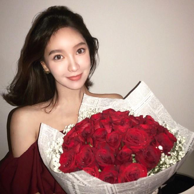 Con gái tỷ phú Trung Quốc: Ở nhà làm công chúa ngập trong đồ hiệu, lấy chồng đổi ngôi... lên nữ hoàng - Ảnh 29.