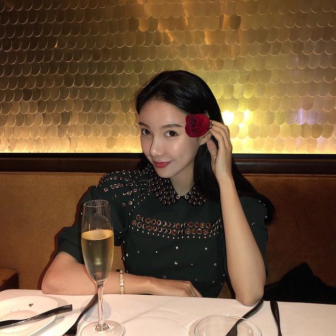 Con gái tỷ phú Trung Quốc: Ở nhà làm công chúa ngập trong đồ hiệu, lấy chồng đổi ngôi... lên nữ hoàng - Ảnh 25.