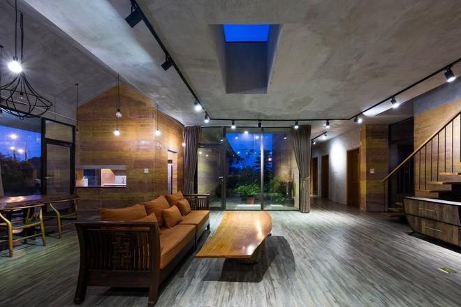 Ngôi nhà không đổ cột bê tông với vườn bưởi trĩu quả trên mái nhà ở Hà Nội - Ảnh 6.