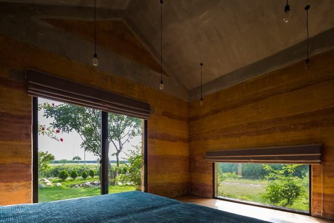 Ngôi nhà không đổ cột bê tông với vườn bưởi trĩu quả trên mái nhà ở Hà Nội - Ảnh 9.