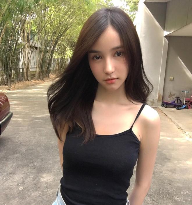 Ngắm nhan sắc của Hương Giang cùng các thí sinh Hoa hậu chuyển giới 2018 khi gạt bỏ lớp trang điểm  - Ảnh 8.