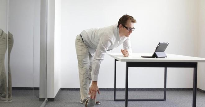Đứng hay ngồi làm việc mới là tốt nhất? Câu trả lời của các chuyên gia sẽ khiến bạn vô cùng bất ngờ - Ảnh 3.