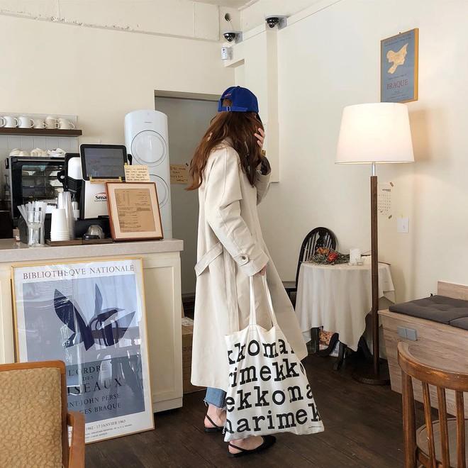 4 kiểu túi hot nhất mùa Xuân/Hè mà bạn nên sắm để diện đồ đẹp hơn và chụp hình chuẩn Hàn hơn - Ảnh 14.