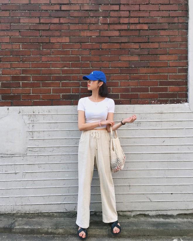 4 kiểu túi hot nhất mùa Xuân/Hè mà bạn nên sắm để diện đồ đẹp hơn và chụp hình chuẩn Hàn hơn - Ảnh 17.