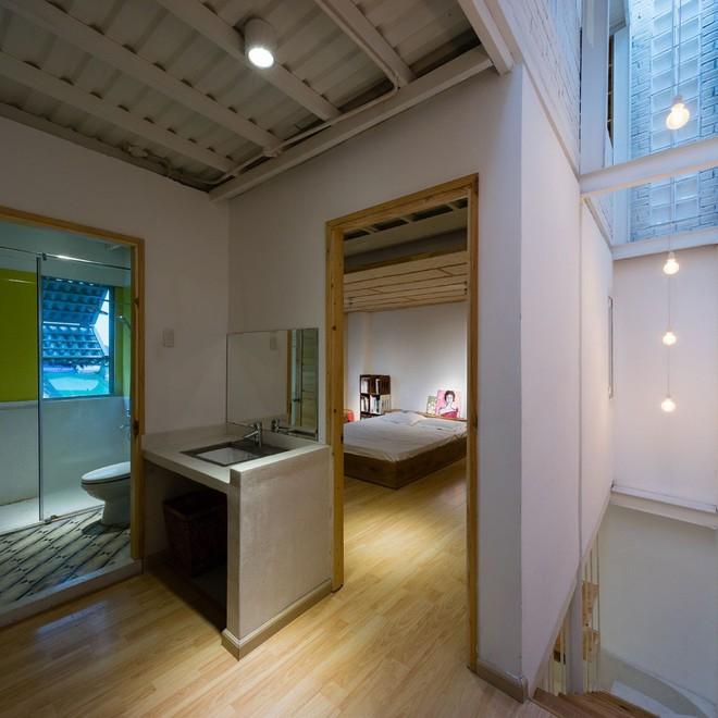 Ngôi nhà 50m² trong hẻm nhỏ đẹp chẳng kém resort ở Sài Gòn - Ảnh 22.