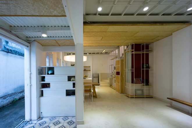 Ngôi nhà 50m² trong hẻm nhỏ đẹp chẳng kém resort ở Sài Gòn - Ảnh 3.