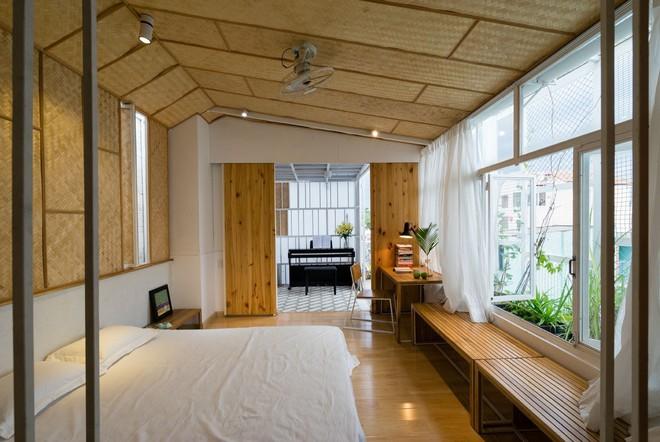 Ngôi nhà 50m² trong hẻm nhỏ đẹp chẳng kém resort ở Sài Gòn - Ảnh 11.