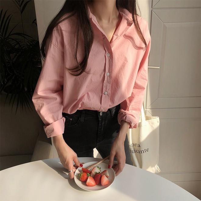 Sơ mi màu pastel - chiếc áo cực yêu mà các fan của áo sơ mi không thể không sắm mùa Xuân/Hè này - Ảnh 9.