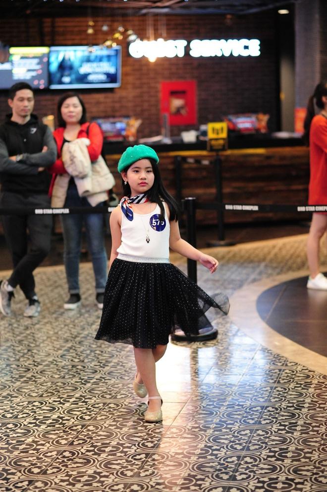 Loạt nhóc tì cực đáng yêu đi casting cho Tuần lễ thời trang trẻ em Việt Nam - Ảnh 7.