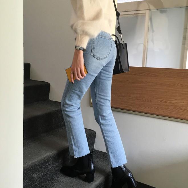 Vòng 3 có lép kẹp thì cũng chẳng sao, nhờ 4 dáng quần jeans nịnh đầm này - Ảnh 19.