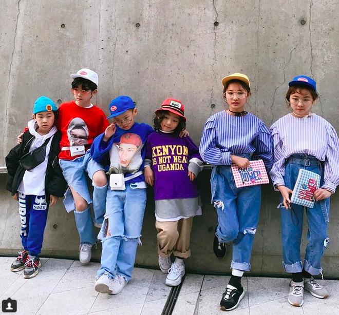 Đến hẹn lại lên, loạt nhóc tì khuấy đảo Tuần lễ Thời Trang Seoul 2018 với loạt street style cực chất cùng thần thái pose ảnh còn hơn cả người lớn  - Ảnh 2.