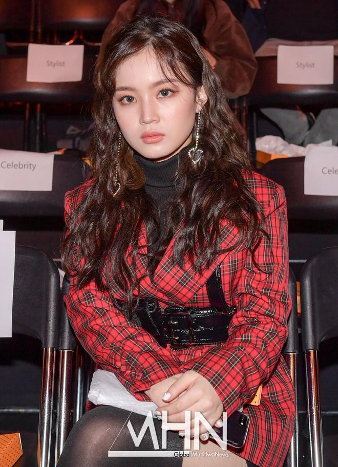 Người Hàn cho rằng: cứ nhìn style của các sao, bạn sẽ biết họ có nhóm máu gì - Ảnh 4.