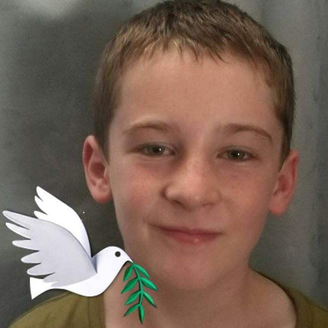 Con trai 10 tuổi qua đời vì tai nạn giao thông thảm khốc, cha mẹ không chôn cất ngay lập tức mà quyết định làm một việc để con được sống thêm lần nữa - Ảnh 3.