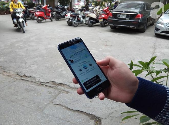 Khách hàng tiếc nuối nhưng không bất ngờ khi Uber sáp nhập với Grab - Ảnh 2.