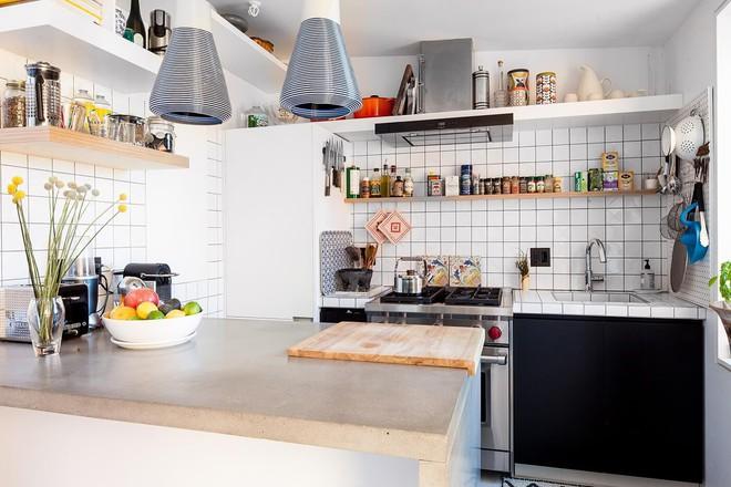 Diện tích nhà đôi khi sẽ chẳng còn quan trọng nếu bạn được sống ở một nơi xinh đẹp, hài hòa như căn hộ này - Ảnh 5.
