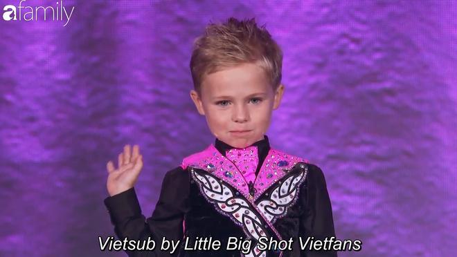 Xuất hiện cậu bé 6 tuổi người Scotland dám cãi tay đôi với MC Steve Harvey - Ảnh 8.