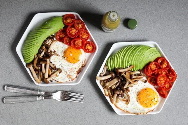 Đang giảm cân thì hãy xem ngay những thực phẩm cung cấp protein này - Ảnh 3.