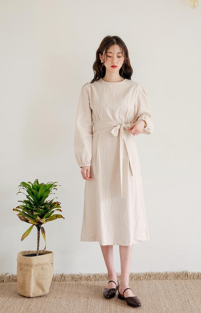 12 mẫu váy tay bồng vừa điệu đà lại duyên dáng mà các nàng chẳng thể bỏ qua cho ngày đi chơi cuối tuần - Ảnh 2.