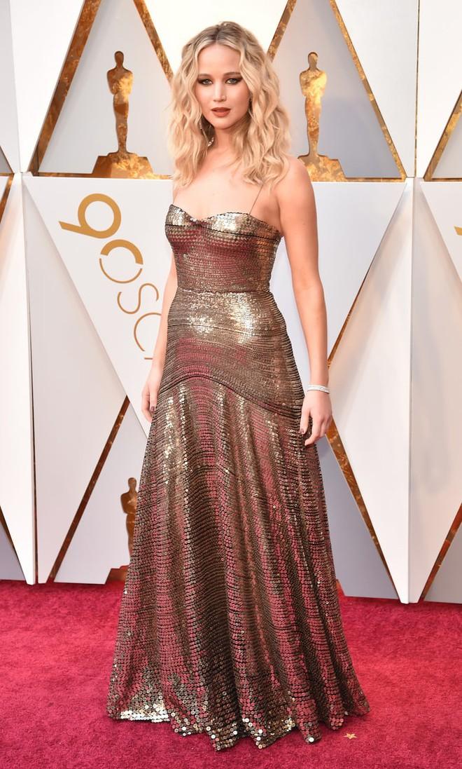 Thảm đỏ Oscar 2018: Cuộc chiến sắc đẹp giữa các nữ thần nhan sắc hàng đầu Hollywood - Ảnh 20.