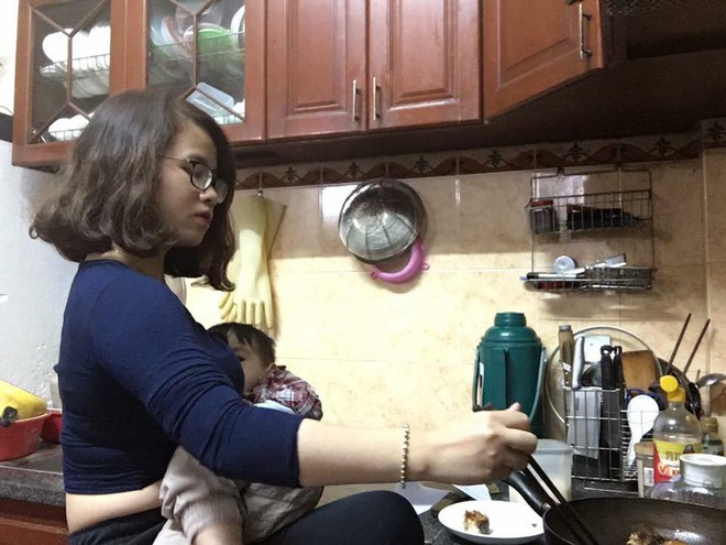 Chùm ảnh: Một tay bồng con một tay cân cả thế giới, phụ nữ quả thật là những là siêu nhân - Ảnh 9.