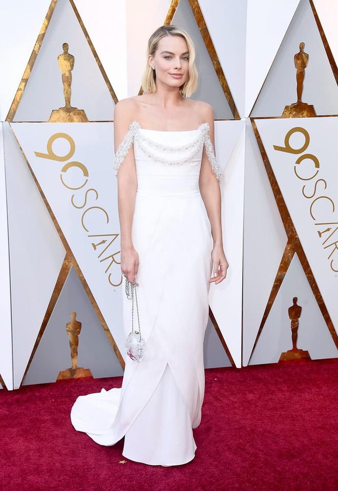 Thảm đỏ Oscar 2018: Cuộc chiến sắc đẹp giữa các nữ thần nhan sắc hàng đầu Hollywood - Ảnh 17.