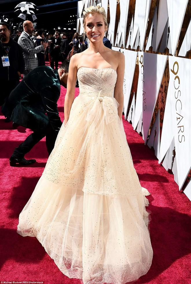 Thảm đỏ Oscar 2018: Cuộc chiến sắc đẹp giữa các nữ thần nhan sắc hàng đầu Hollywood - Ảnh 2.