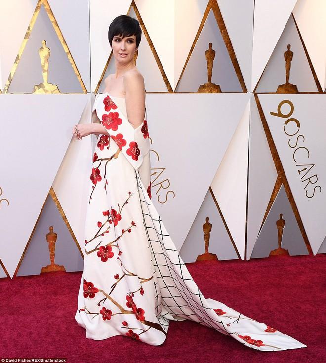Thảm đỏ Oscar 2018: Cuộc chiến sắc đẹp giữa các nữ thần nhan sắc hàng đầu Hollywood - Ảnh 16.