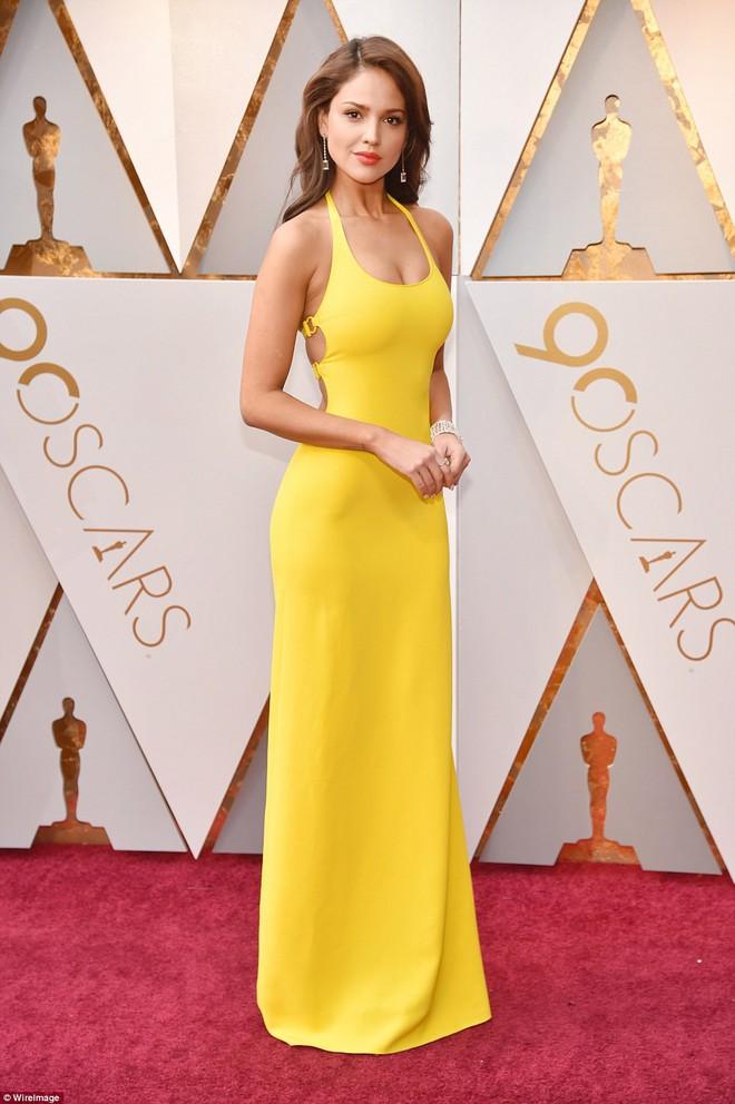 Thảm đỏ Oscar 2018: Cuộc chiến sắc đẹp giữa các nữ thần nhan sắc hàng đầu Hollywood - Ảnh 21.