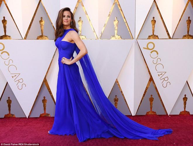 Thảm đỏ Oscar 2018: Cuộc chiến sắc đẹp giữa các nữ thần nhan sắc hàng đầu Hollywood - Ảnh 22.