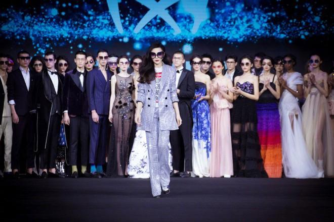 Hết làm beauty blogger, giờ Phạm Băng Băng đã chuyển luôn sang kinh doanh mỹ phẩm và kính mắt - Ảnh 10.
