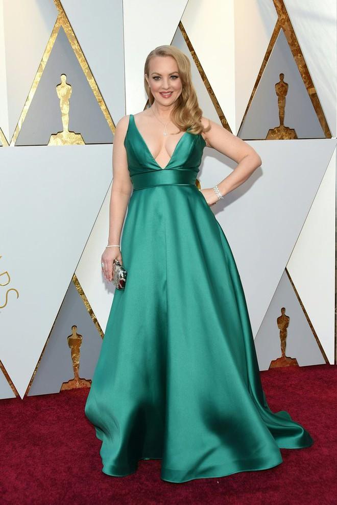 Thảm đỏ Oscar 2018: Cuộc chiến sắc đẹp giữa các nữ thần nhan sắc hàng đầu Hollywood - Ảnh 8.