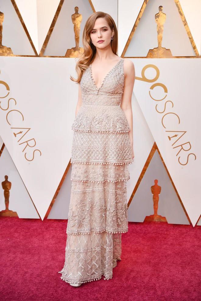 Thảm đỏ Oscar 2018: Cuộc chiến sắc đẹp giữa các nữ thần nhan sắc hàng đầu Hollywood - Ảnh 7.