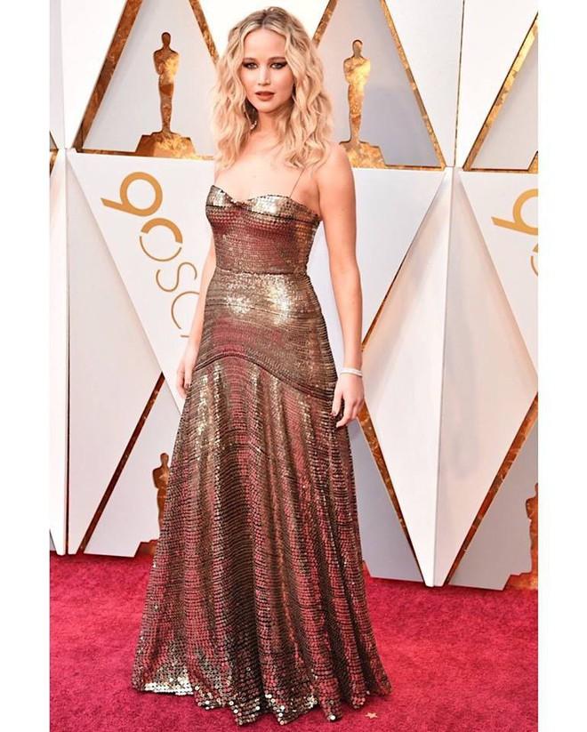 Jennifer Lawrence lọt Top trang điểm đẹp tại Oscar 2018 là nhờ vào chuyên gia trang điểm gốc Việt cả đấy! - Ảnh 3.